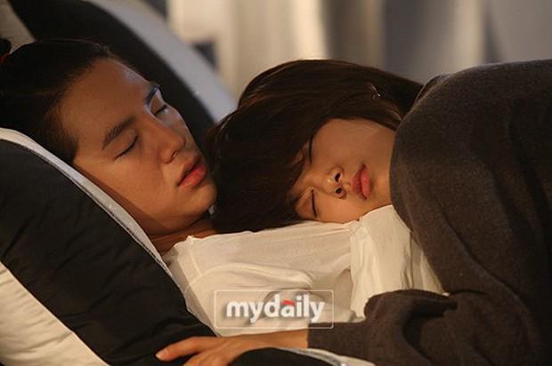 Muốn người yêu phải cỡ Park Bo Gum - Lee Yong Suk, bảo sao chị em xem phim Hàn không ế?! - Ảnh 1.