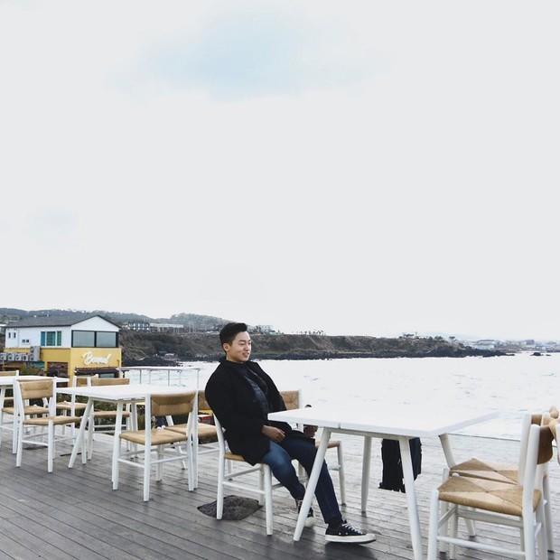 Tiệm cà phê một thời của G-Dragon đang là thánh địa sống ảo hot nhất đảo Jeju, Chi Pu và Changmakeup cũng vừa check-in ở đây - Ảnh 19.