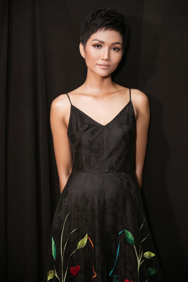 Sốc nhất 1/4: Hoàng Thùy mất suất tham dự Miss Universe 2019, HHen Niê tiếp tục chinh chiến quốc tế - Ảnh 2.