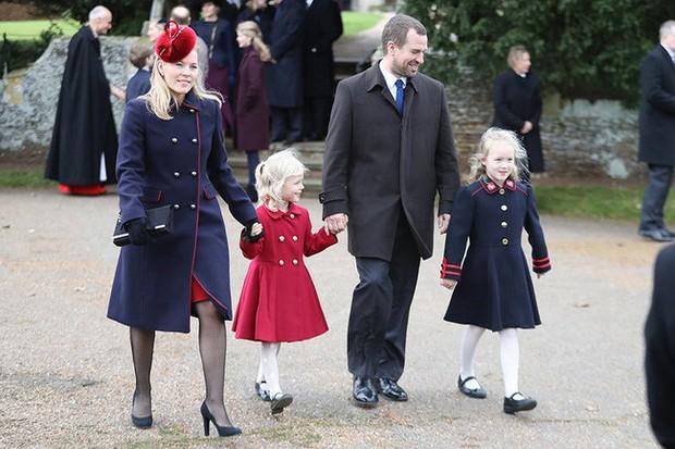 Ngược dòng thời gian để ngắm nhìn vẻ xinh xắn đáng yêu của các tiểu công chúa, tiểu hoàng tử Hoàng gia Anh ở tuổi lên 5 - Ảnh 21.