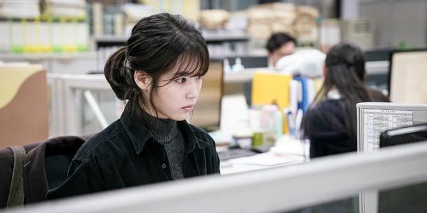 5 phim Hàn không dành cho nhà tuyển dụng: Xem xong chỉ muốn nghỉ việc cho thật nhanh! - Ảnh 12.