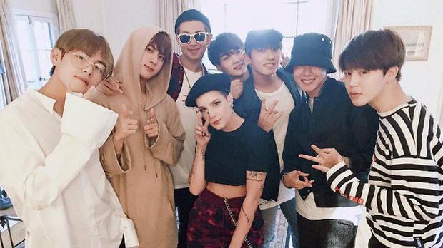 Trước khi hợp tác với nhau, Halsey đã là một fangirl chính hiệu của BTS như này rồi đây! - Ảnh 2.