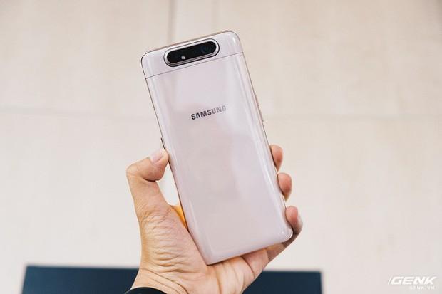 Đây là Samsung Galaxy A80: Camera xoay lật, màn hình New Infinity không tai thỏ, camera 48MP - Ảnh 1.