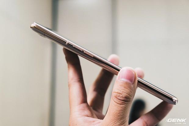 Đây là Samsung Galaxy A80: Camera xoay lật, màn hình New Infinity không tai thỏ, camera 48MP - Ảnh 10.