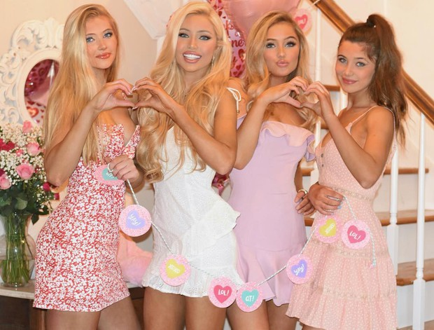 Thí sinh Hoa hậu Mỹ 2019 gây sốt với vẻ đẹp Barbie sống nhưng nhan sắc của dàn chị em ruột còn đáng chú ý hơn cả - Ảnh 12.