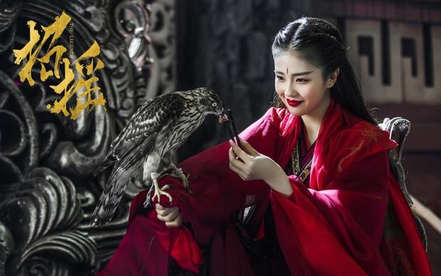 Truyền hình Hoa ngữ đầu năm 2019: Ngoài lệnh cấm cổ trang vô hại là đại tiệc mỹ nhân + thịt tươi mới - Ảnh 7.