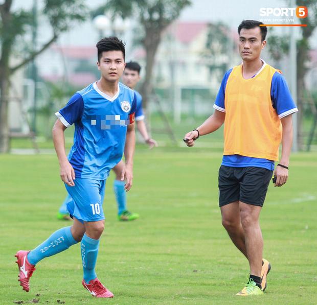 Cầu thủ Việt kiều Martin Lo: Từ bỏ cơ hội chơi bóng ở Australia để trở về với ước mơ được khoác áo tuyển Việt Nam - Ảnh 6.