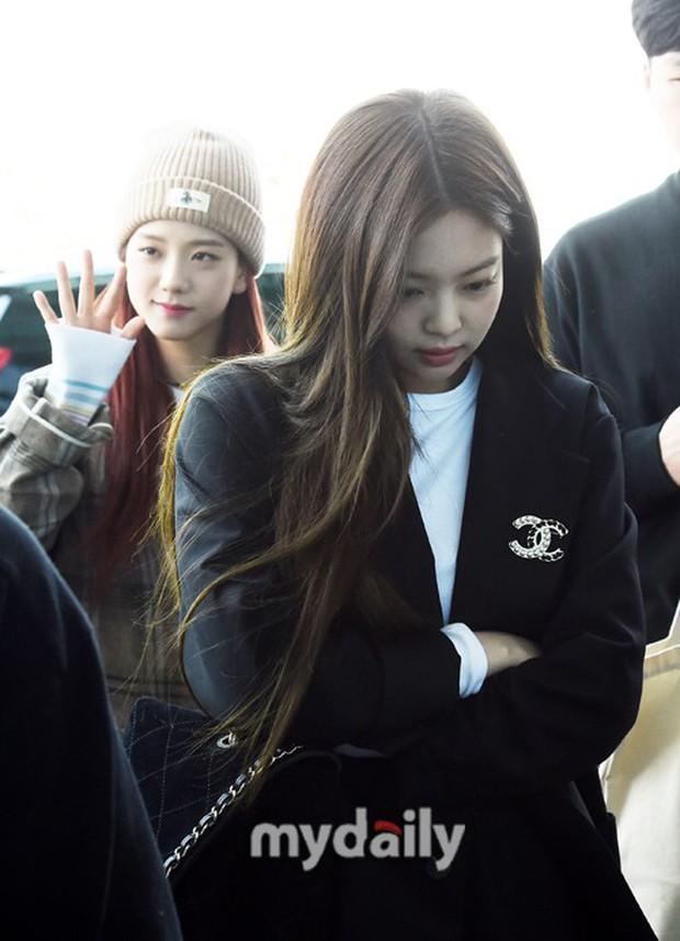 Màn đọ sắc gay cấn của dàn mỹ nhân Hàn: Black Pink siêu xinh, nhưng Hyuna lại chiếm spotlight vì gương mặt đơ cứng - Ảnh 2.