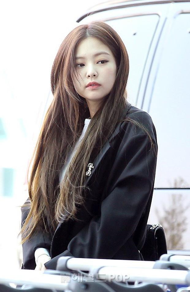 Màn đọ sắc gay cấn của dàn mỹ nhân Hàn: Black Pink siêu xinh, nhưng Hyuna lại chiếm spotlight vì gương mặt đơ cứng - Ảnh 3.