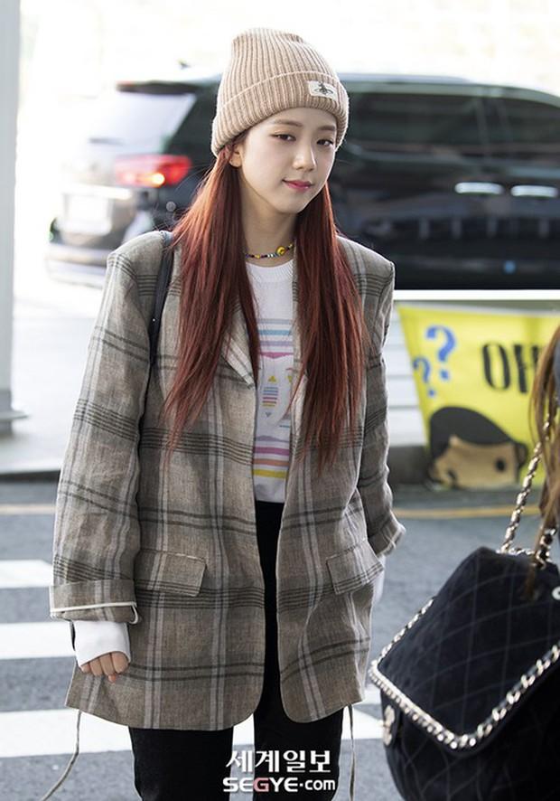 Màn đọ sắc gay cấn của dàn mỹ nhân Hàn: Black Pink siêu xinh, nhưng Hyuna lại chiếm spotlight vì gương mặt đơ cứng - Ảnh 10.