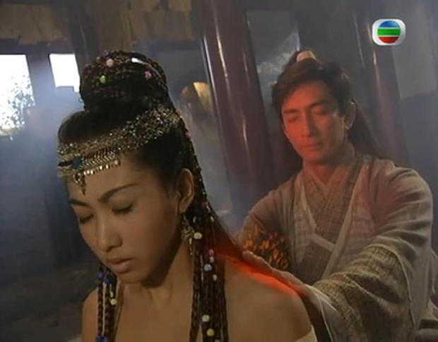 Ai khổ như Trương Vô Kỵ, trị thương cho Triệu Mẫn mà không chịu... cởi áo cũng khiến fan bất mãn - Ảnh 13.