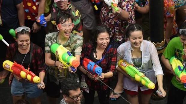 Thái Lan cấm các bài đăng nhạy cảm trên mạng xã hội trong dịp Songkran - Ảnh 1.