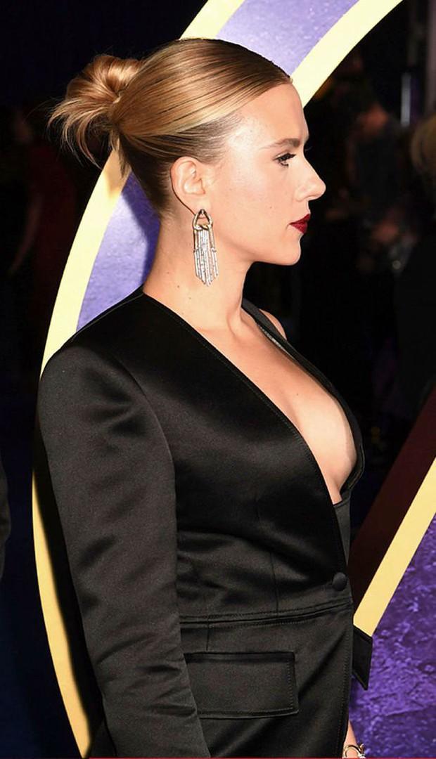 Sự kiện Avengers gây chú ý: Mỹ nhân Scarlett Johansson nơm nớp vì hở quá bạo, liên tục cười tít mắt với Thor - Ảnh 5.