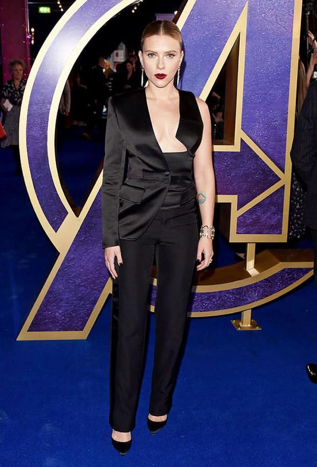 Sự kiện Avengers gây chú ý: Mỹ nhân Scarlett Johansson nơm nớp vì hở quá bạo, liên tục cười tít mắt với Thor - Ảnh 3.