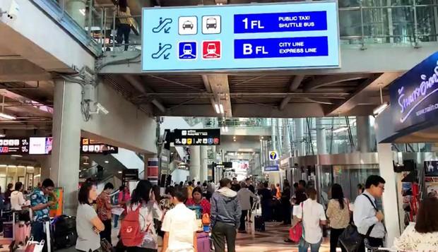 Dòng người ùn ùn đổ về Thái Lan dịp lễ Songkran, 7 ngày nguy hiểm bắt đầu - Ảnh 2.