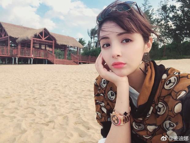Cặp đôi mới của Cbiz: Hàm Hương Tân Cương bí mật kết hôn với Tổng tài điển trai kém 4 tuổi - Ảnh 2.