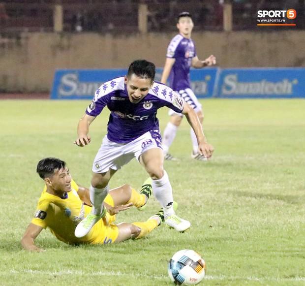 Quang Hải tiếc nuối trong ngày sinh nhật tuổi 22 khi Hà Nội FC bị cầm chân ở V.League - Ảnh 9.