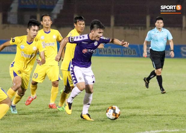 Quang Hải tiếc nuối trong ngày sinh nhật tuổi 22 khi Hà Nội FC bị cầm chân ở V.League - Ảnh 4.