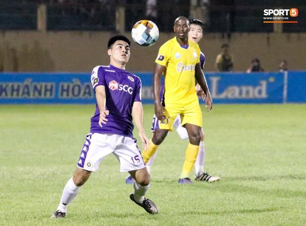 Quang Hải tiếc nuối trong ngày sinh nhật tuổi 22 khi Hà Nội FC bị cầm chân ở V.League - Ảnh 8.