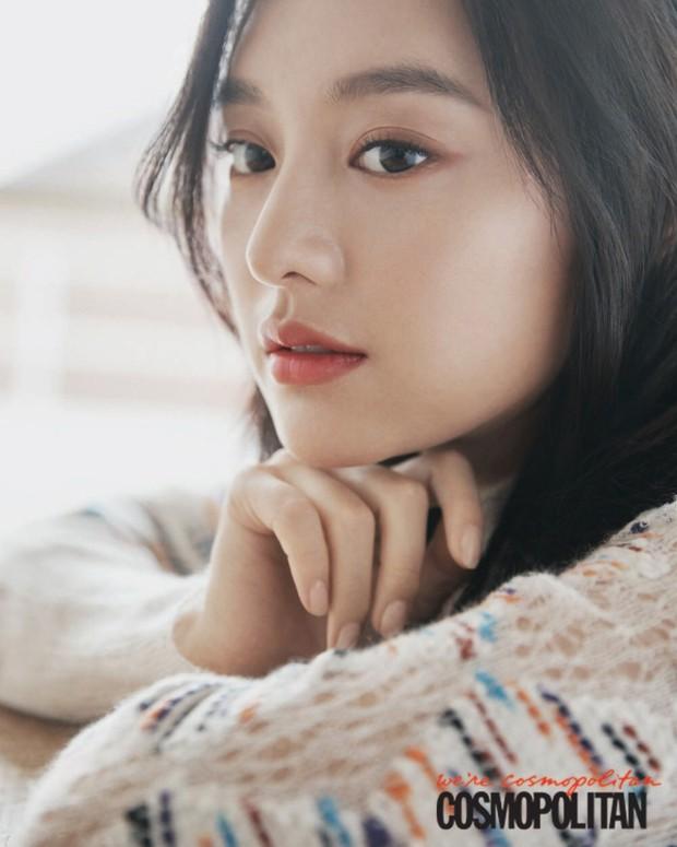 Vừa lộ diện, nữ thần Hậu duệ mặt trời Kim Ji Won đã bị tiểu tam tin đồn của đôi Song Song lấn lướt về nhan sắc? - Ảnh 6.
