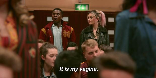Hotgirl lộ clip nóng nhưng phản ứng của cộng đồng trong Sex Education mới là điều đáng nói - Ảnh 5.