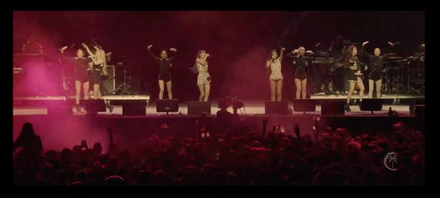 Black Pink đổ bộ lễ hội âm nhạc lớn nhất hành tinh Coachella: Đẹp xuất sắc, thần thái chuẩn hội tiểu thư con nhà giàu! - Ảnh 15.