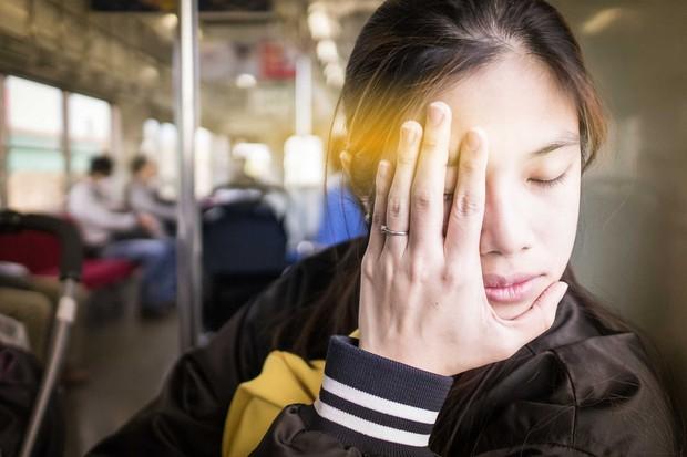 Co giật mí mắt không hẳn là triệu chứng an toàn như mọi người vẫn nghĩ - Ảnh 1.