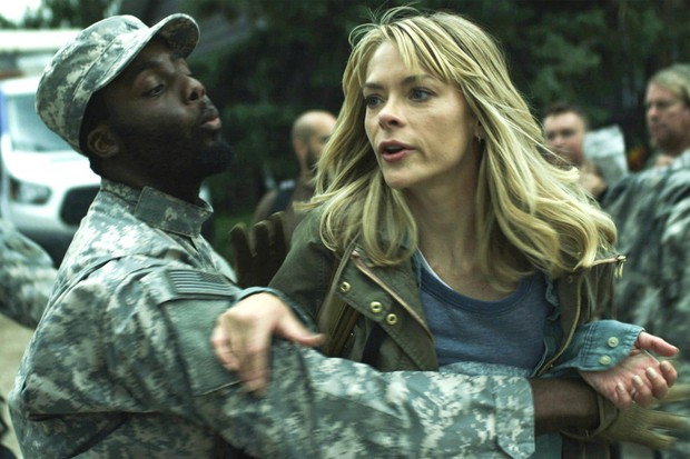 Ra net bắn zombie cũng không thót tim bằng ngồi nhà xem Siêu phẩm zombie 18+ vừa ra lò - Ảnh 7.