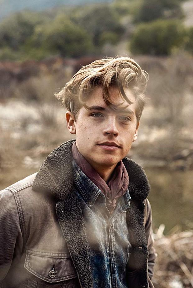 Cậu nhóc Zack và Cody Cole Sprouse sau 14 năm: Hành trình lột xác khó khăn, kỳ tích giữa dàn sao nhí Disney sa ngã - Ảnh 9.