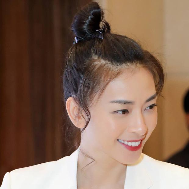 Trẻ đẹp quên thời gian thật, nhưng Ngô Thanh Vân cũng khéo chọn kiểu tóc lắm thì mới hack tuổi đỉnh đến vậy - Ảnh 3.
