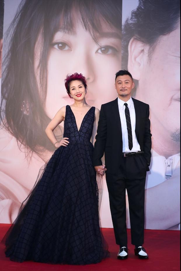 Lễ trao giải Kim Tượng: Song Hye Kyo bị chê hơi dừ, Hồ Định Hân ra sức chặt chém dàn mỹ nhân khoe body hết cỡ - Ảnh 14.