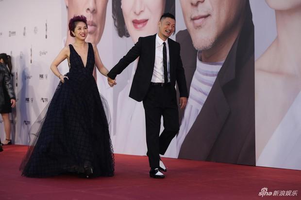Lễ trao giải Kim Tượng: Song Hye Kyo bị chê hơi dừ, Hồ Định Hân ra sức chặt chém dàn mỹ nhân khoe body hết cỡ - Ảnh 15.