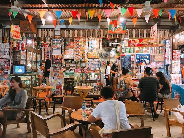 Quẩy nhiệt tình với Tết té nước Songkran xong đừng quên ghé qua khu chợ đêm nổi tiếng này ở Bangkok để ăn sập thế giới nhé! - Ảnh 6.