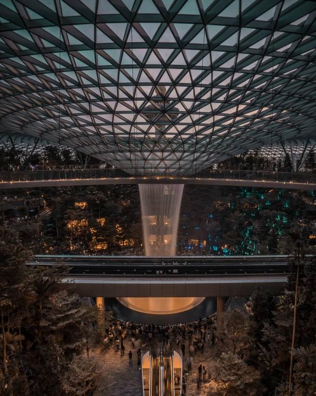 Vừa mới khai trương, khu phức hợp Jewel tại sân bay Changi - Singapore đã chiếm trọn spotlight trên MXH - Ảnh 5.