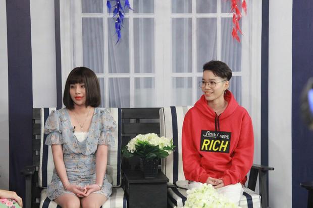 Lâm Khánh Chi hoang mang với 2 bạn nữ quen nhau nhưng không đụng chạm - Ảnh 1.