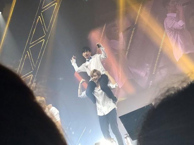 Cậu nhóc từng được Kang Daniel cõng trên lưng tại Produce 101 nay đã cao đến... 1m83! - Ảnh 8.