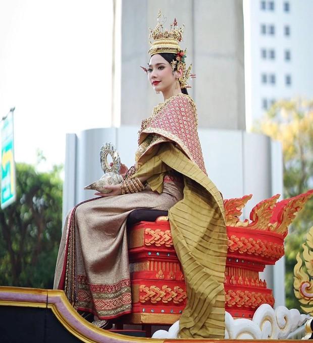 Dàn mỹ nhân đẹp nhất Tbiz hóa nữ thần tại Songkran 2019: Nữ chính Friend zone đỉnh cao nhưng có bằng 5 sao nữ này? - Ảnh 13.