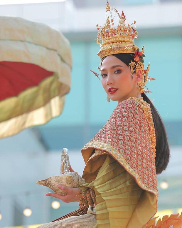 Dàn mỹ nhân đẹp nhất Tbiz hóa nữ thần tại Songkran 2019: Nữ chính Friend zone đỉnh cao nhưng có bằng 5 sao nữ này? - Ảnh 15.