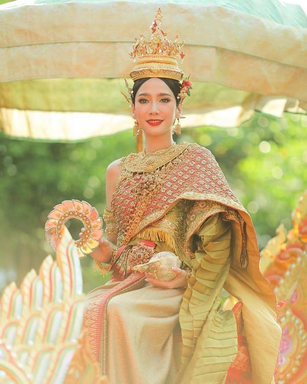 Dàn mỹ nhân đẹp nhất Tbiz hóa nữ thần tại Songkran 2019: Nữ chính Friend zone đỉnh cao nhưng có bằng 5 sao nữ này? - Ảnh 14.