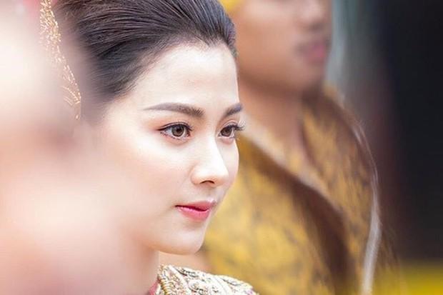 Dàn mỹ nhân đẹp nhất Tbiz hóa nữ thần tại Songkran 2019: Nữ chính Friend zone đỉnh cao nhưng có bằng 5 sao nữ này? - Ảnh 4.
