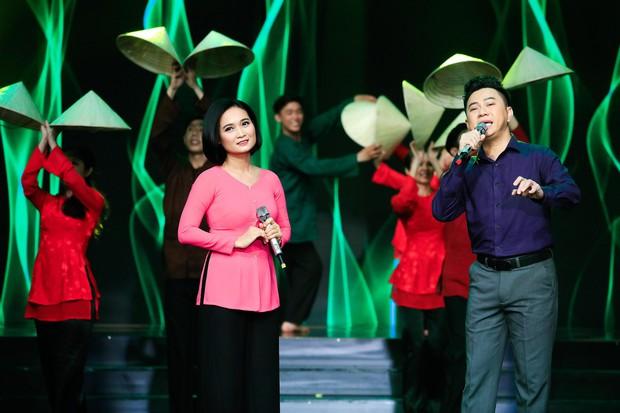 Khép lại 19 năm thanh xuân, MC Quỳnh Hương rơi nước mắt trong số cuối cùng dẫn Thay lời muốn nói - Ảnh 17.