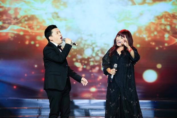 Khép lại 19 năm thanh xuân, MC Quỳnh Hương rơi nước mắt trong số cuối cùng dẫn Thay lời muốn nói - Ảnh 8.