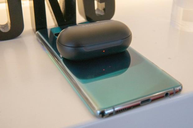 Để đưa những tính năng cực hot này lên iPhone, liệu Apple sẽ học hỏi Samsung và Huawei? - Ảnh 2.