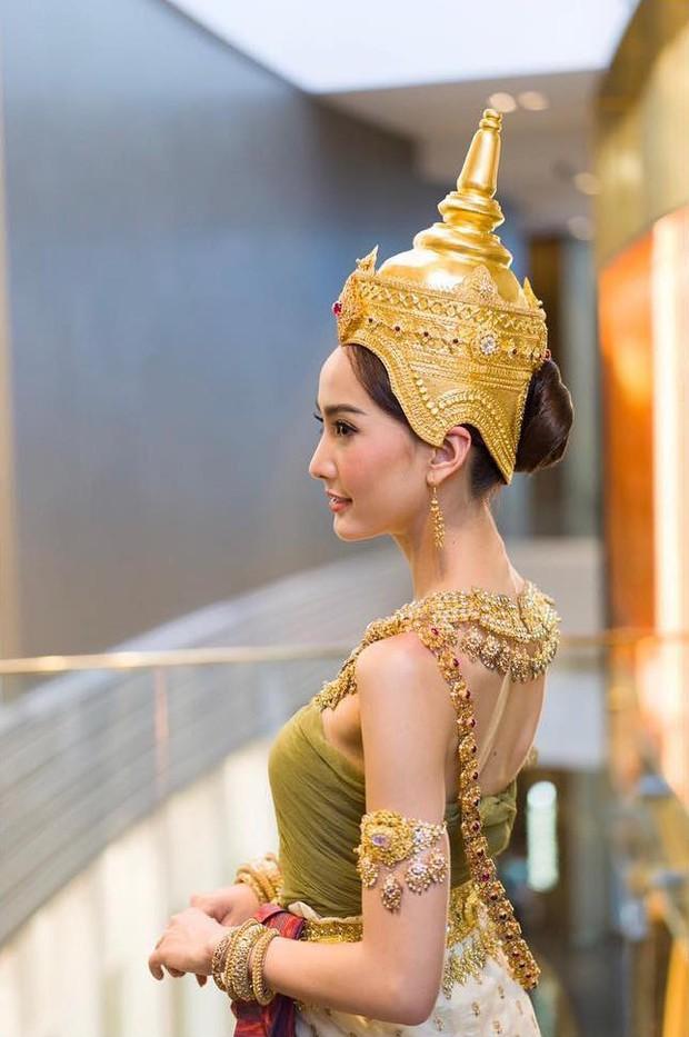 Dàn mỹ nhân đẹp nhất Tbiz hóa nữ thần tại Songkran 2019: Nữ chính Friend zone đỉnh cao nhưng có bằng 5 sao nữ này? - Ảnh 19.