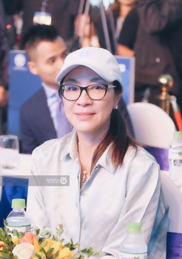 Phỏng vấn siêu sao thế giới Dương Tử Quỳnh: Tiết lộ hiếm hoi về bom tấn Avatar 2, mong cùng hôn phu du lịch Việt Nam - Ảnh 2.