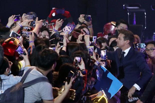 Choáng với cảnh tượng dàn sao Avengers đến Hàn: Quy mô khủng như concert, khiến idol Kpop cũng phải kiêng dè - Ảnh 10.