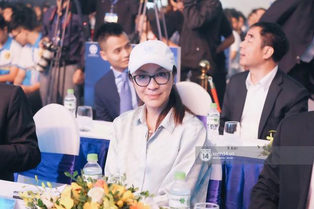 Siêu sao Crazy Rich Asians Dương Tử Quỳnh rạng rỡ bên chồng quyền lực, Min và Erik cực nhiệt tại sự kiện ở Hà Nội - Ảnh 8.
