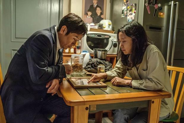 5 năm sau thảm họa chìm phà Sewol, điện ảnh Hàn lên tiếng: Đã đến lúc cần đối diện với nỗi đau! - Ảnh 10.