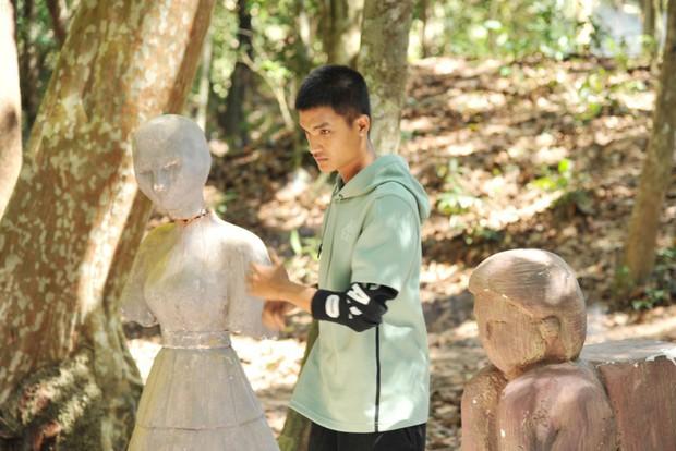 Lật Mặt 4 lọt top 3 phim Việt có doanh thu mở màn cao nhất mọi thời đại, khán giả đồng loạt gọi tên Mạc Văn Khoa! - Ảnh 4.