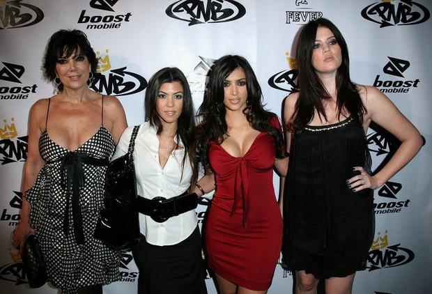 Chiến lược đổi đời của Kim Kardashian: Không phải clip sex, việc làm hầu gái cho Paris Hilton mới là yếu tố quyết định - Ảnh 6.